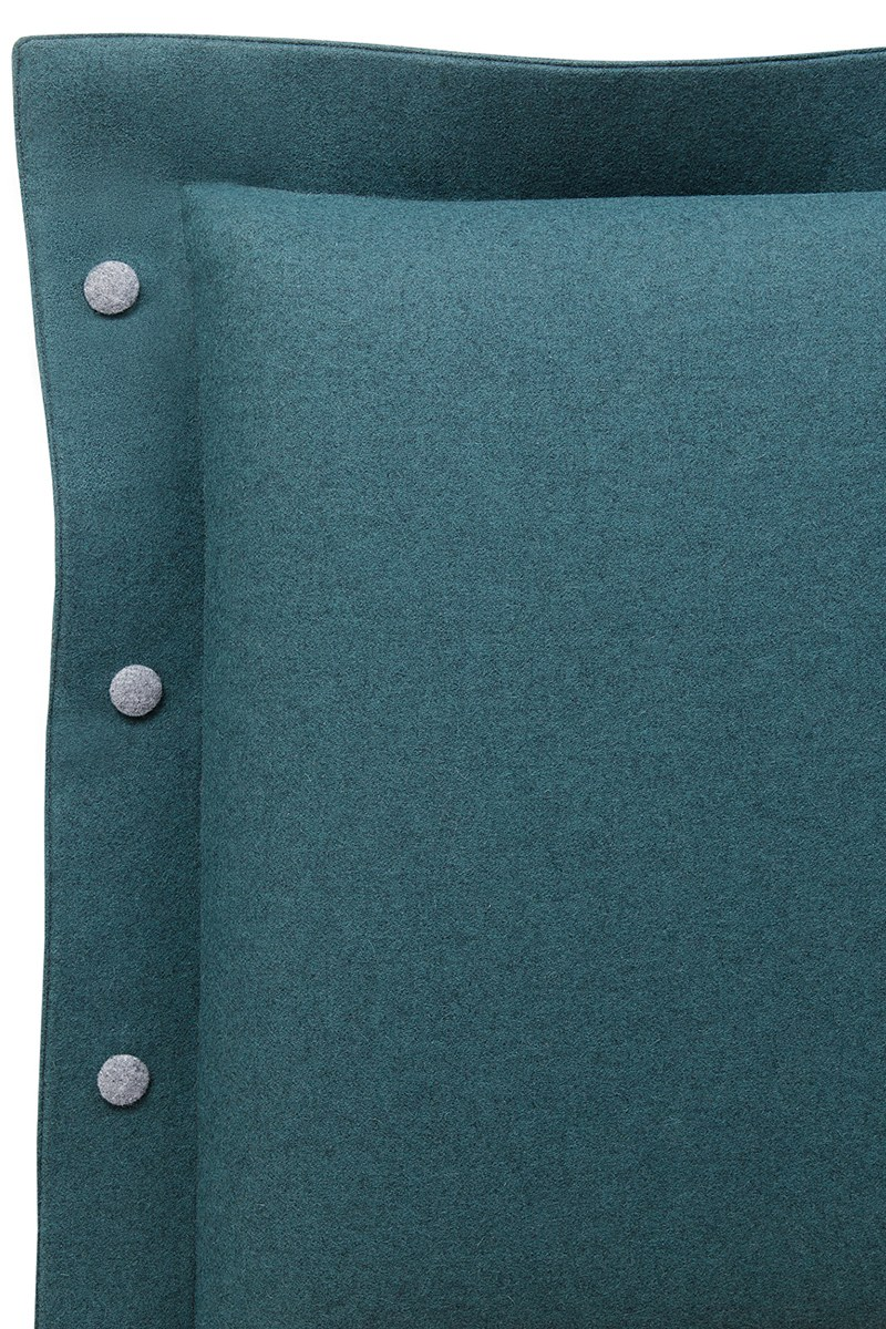 No. 16 Velito blue-green 0517